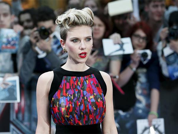 2--Scarlett-Johansson