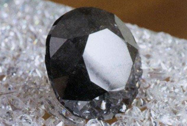 Black-Diamond-2