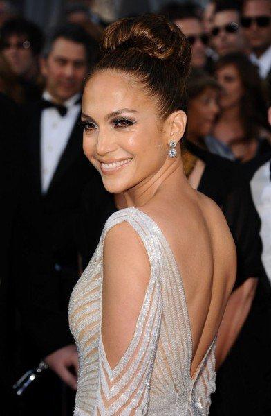 Jennifer Lopez at the 2012 Academy Awards