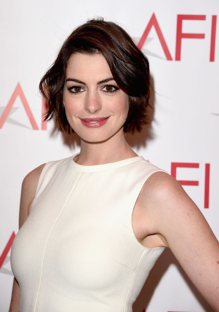resized_Anne Hathaway