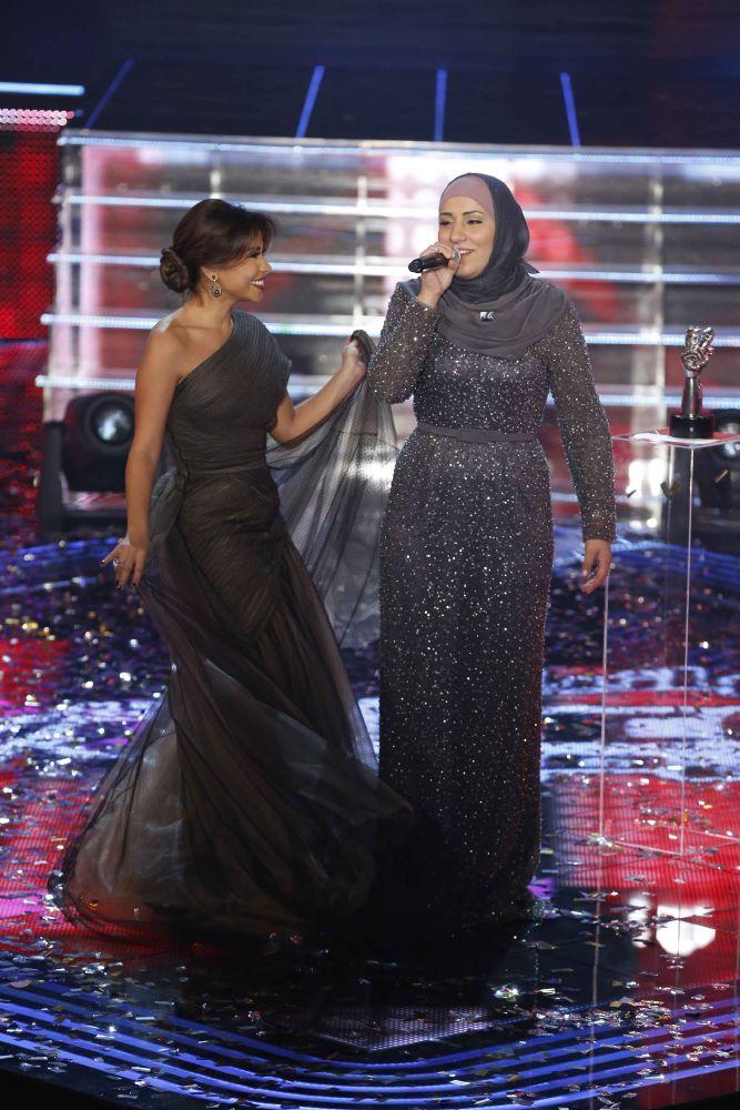 resized_MBC1 & MBC MASR the Voice S3 - Finale - Nidaa Charara & Sherine Abdelwahab - winner's song