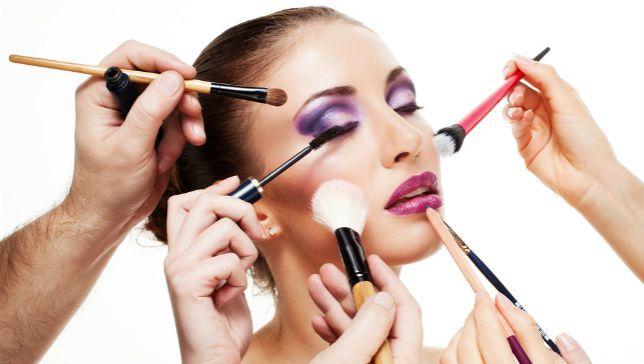 too-much-makeup.jpg.653x0_q80_crop-smart