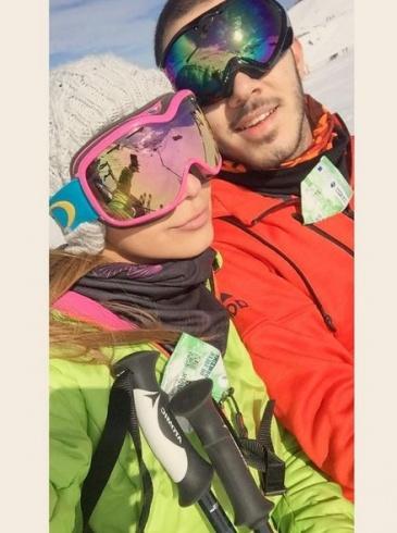 بالصورة- ابنة نوال الزغبي تنشر صورة مع حبيبها على الثلج