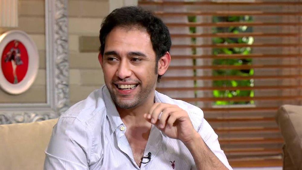 عمرو مصطفى (2)