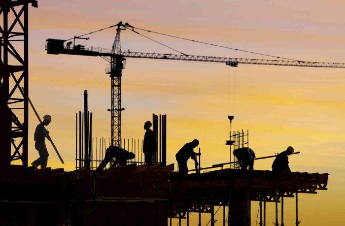 قطاع التشييد والبناء