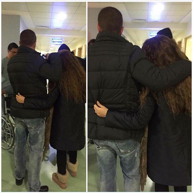 ميريام فارس وهي تعانق زوجها، في أحد المستشفيات
