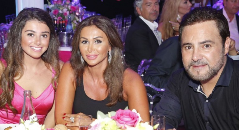 Assi-El-Hallani-With-His-Wife-Mrs.-Colette-Their-Daughter-Maritta-Son-Al-Walid-980x498