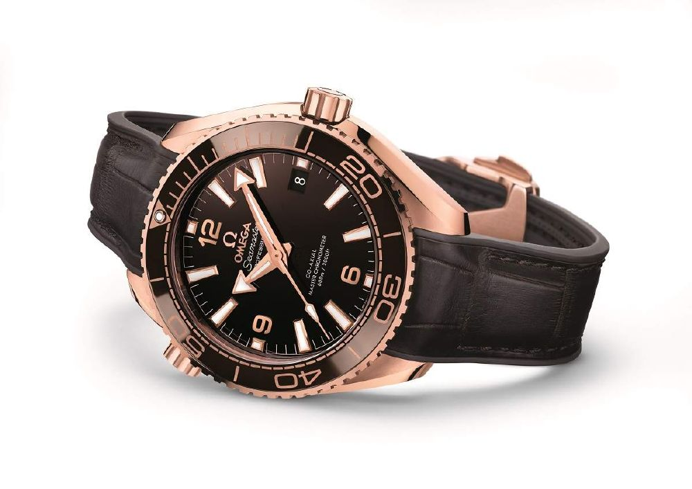 resized_215.63.40.20.13.001_Seamaster Planet Ocean 39.5mm (2)