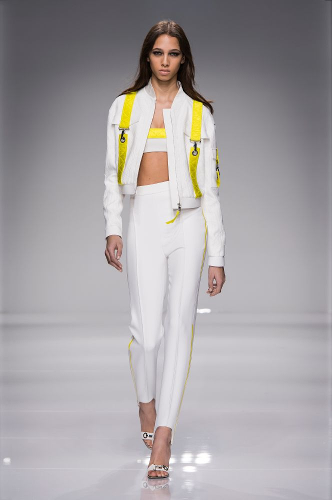 resized_Atelier Versace SS16_Look 1