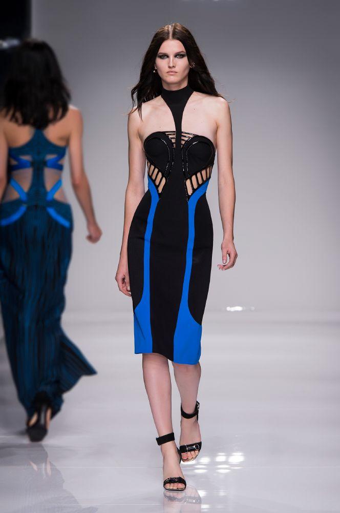 resized_Atelier Versace SS16_Look 15