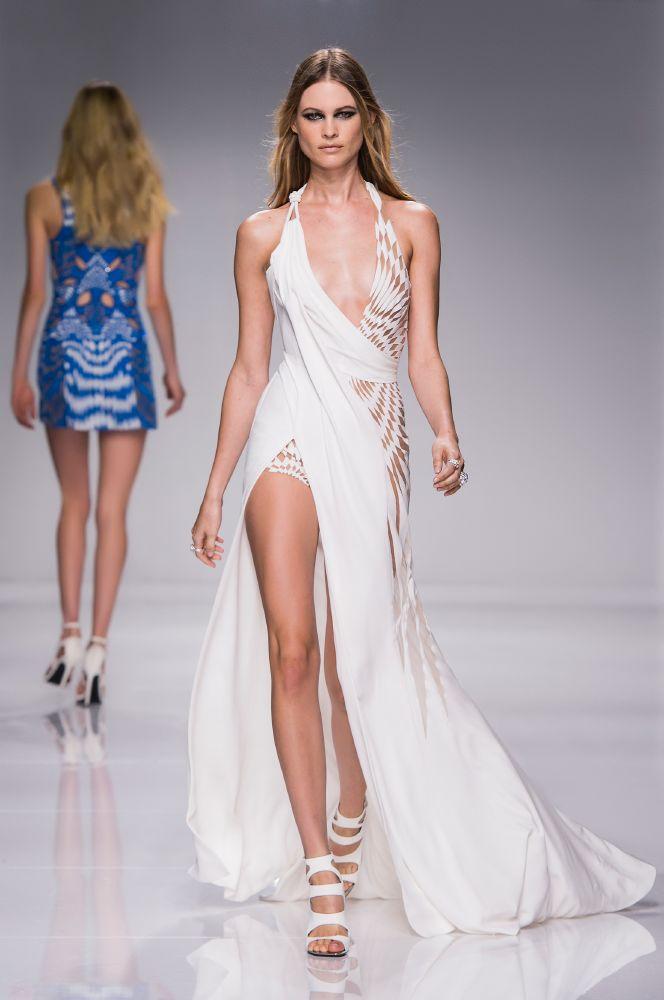 resized_Atelier Versace SS16_Look 23