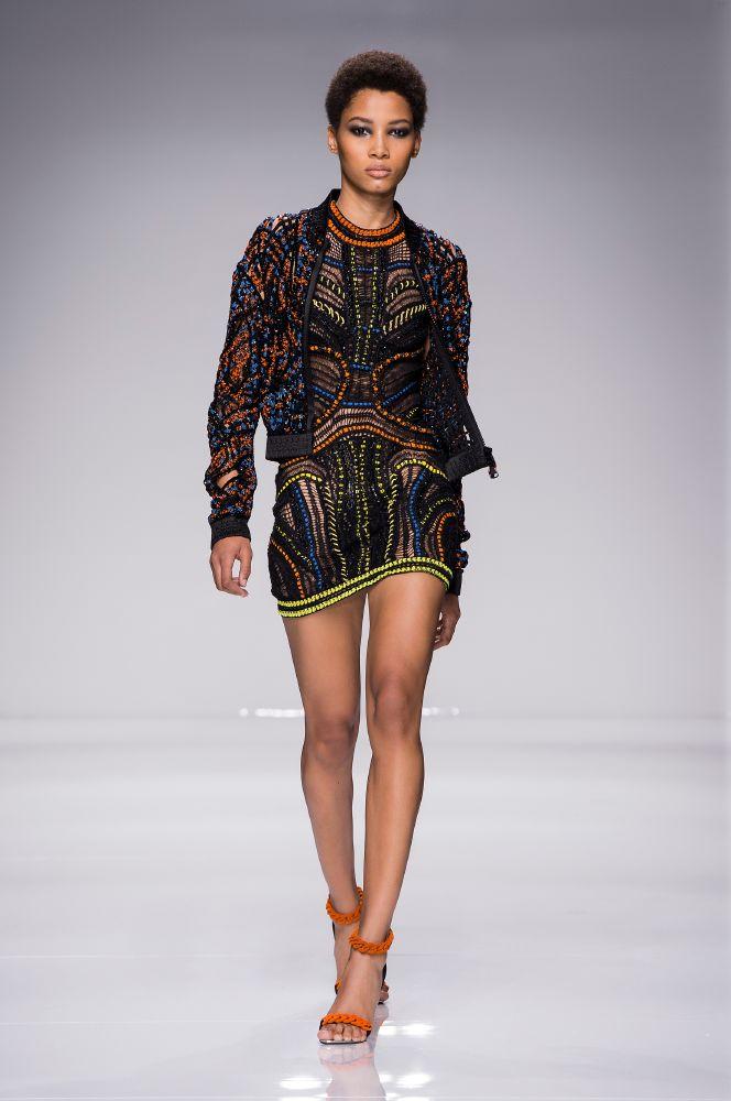 resized_Atelier Versace SS16_Look 28