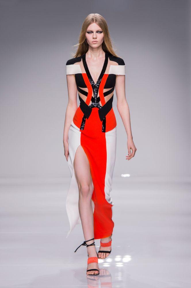 resized_Atelier Versace SS16_Look 33