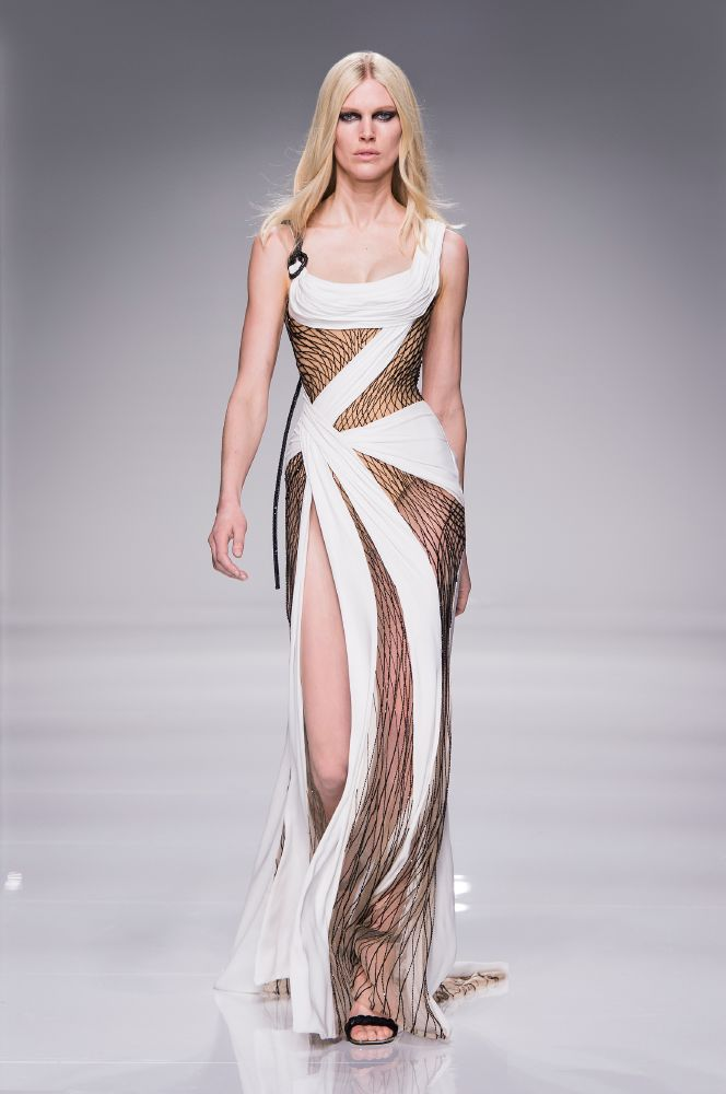 resized_Atelier Versace SS16_Look 37
