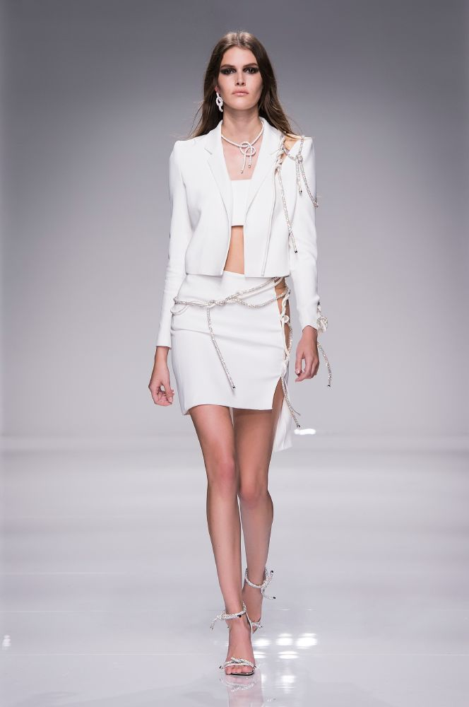 resized_Atelier Versace SS16_Look 40