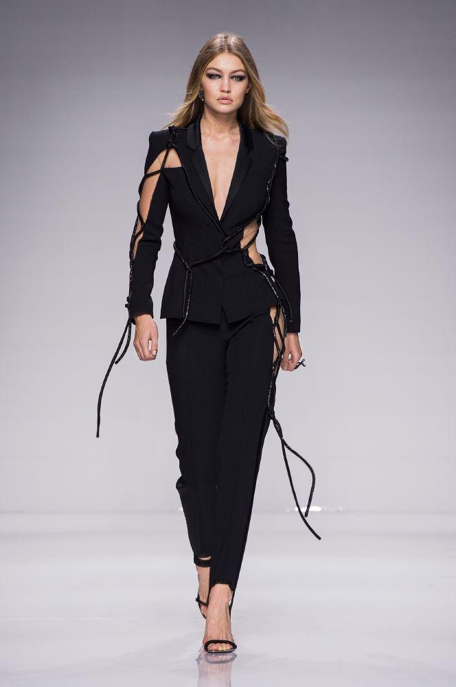 resized_Atelier Versace SS16_Look 46