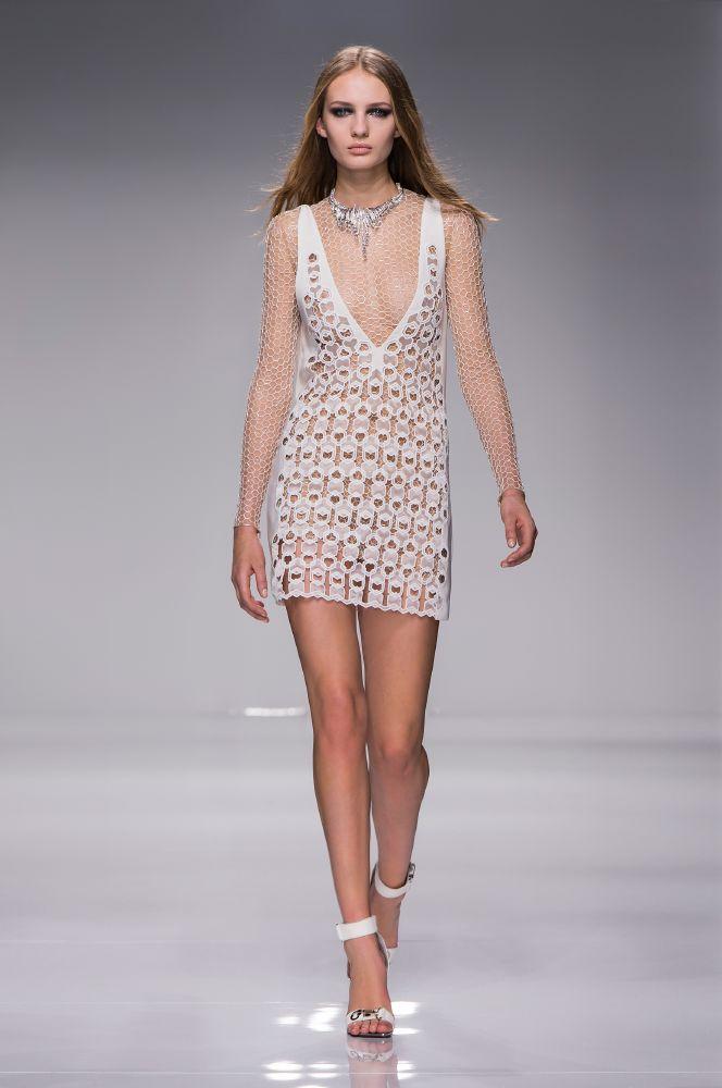 resized_Atelier Versace SS16_Look 6