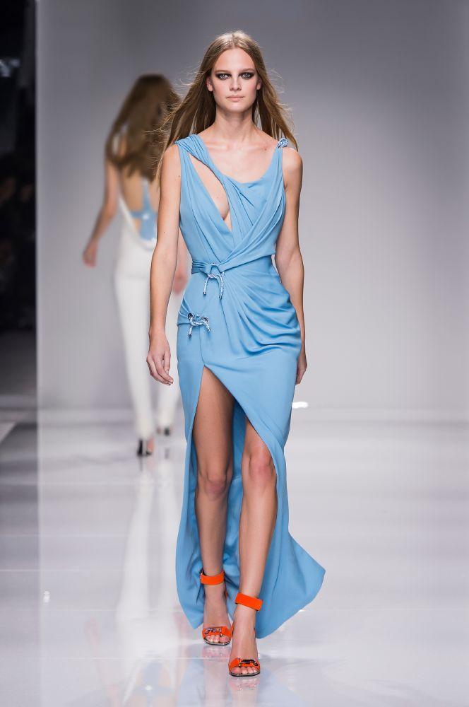 resized_Atelier Versace SS16_Look 9