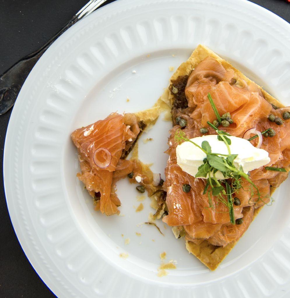 resized_Fümé - House smoked salmon tart, caramelized onion (1)