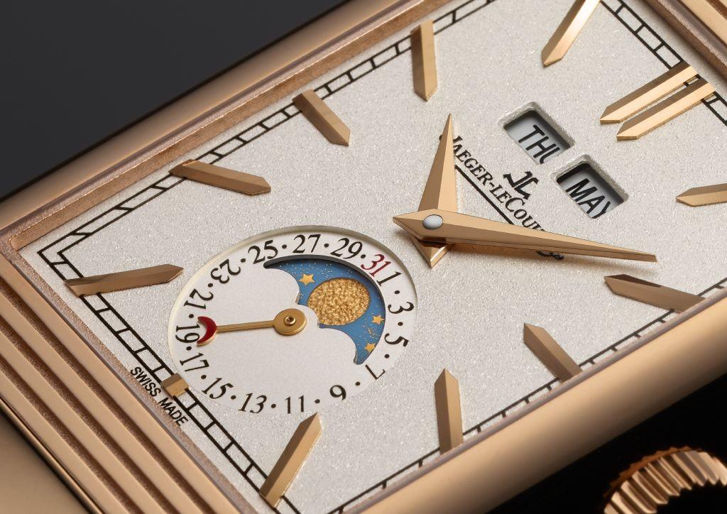 resized_Jaeger-LeCoultre Reverso Tribute  Calendar_dial