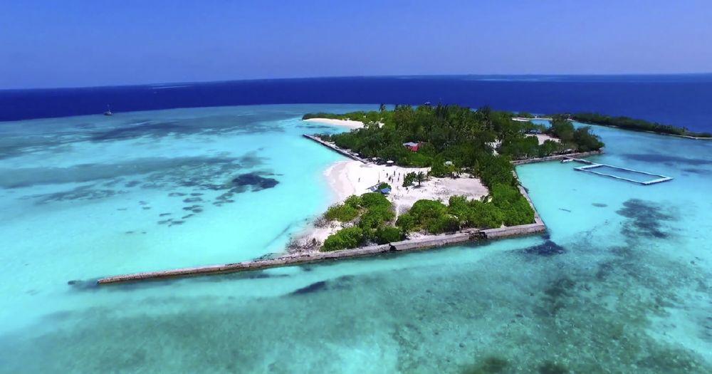 resized_Maldives_02