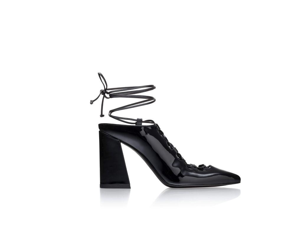 أحذية STUART WEITZMAN (23)