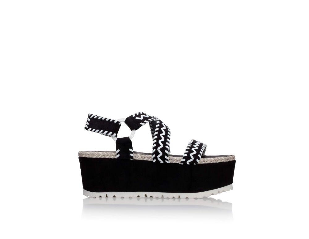 أحذية STUART WEITZMAN (5)