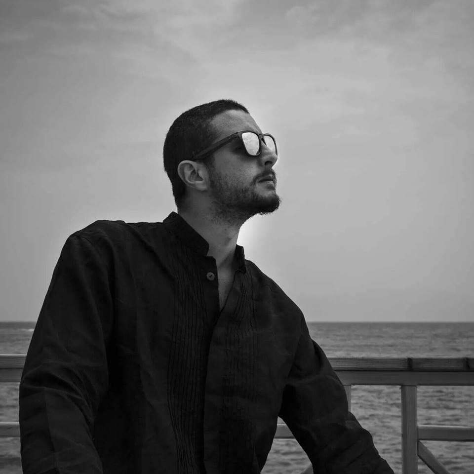 أحمد الفيشاوي (2)