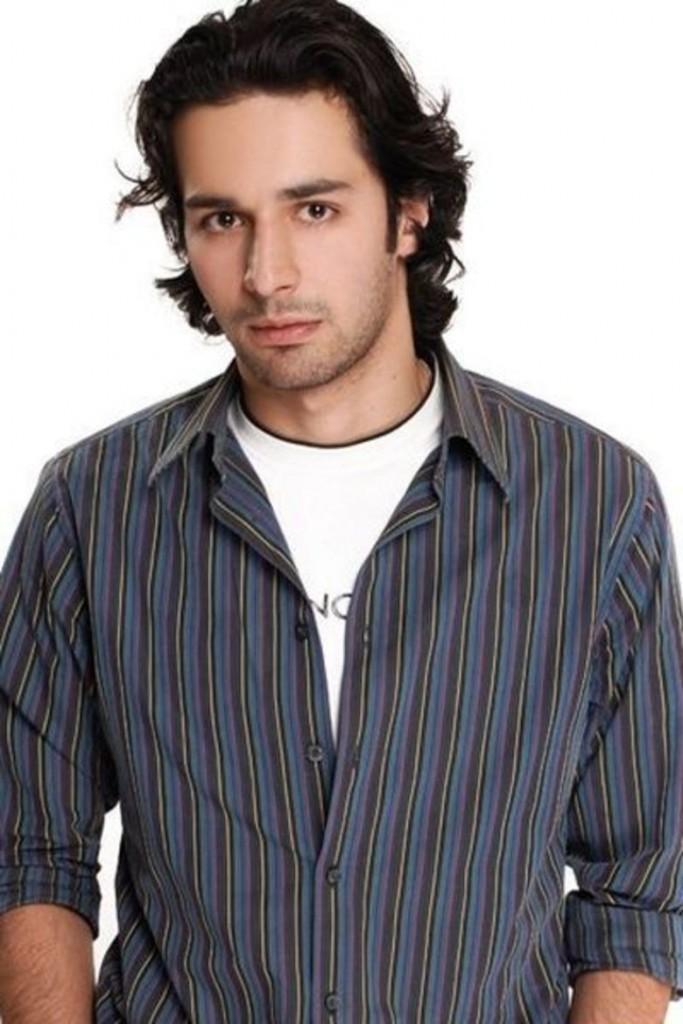 أحمد حاتم (3)