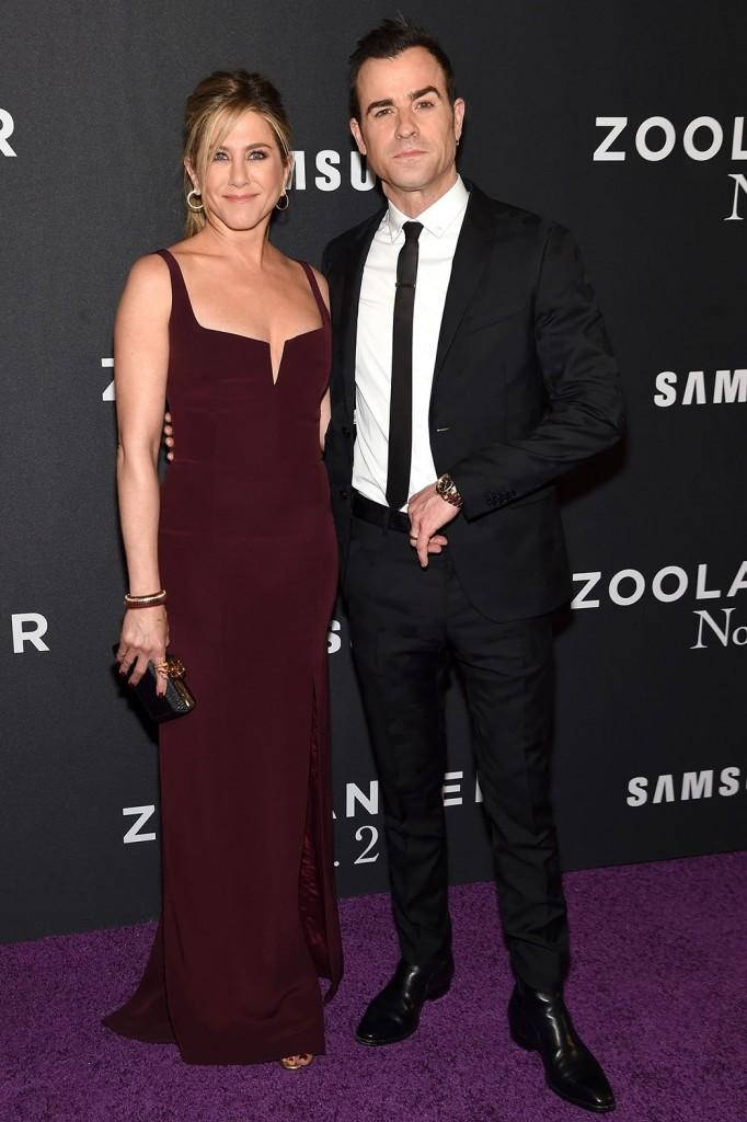 جينيفر أنستون وزوجها الممثل جاستين ثيروكس