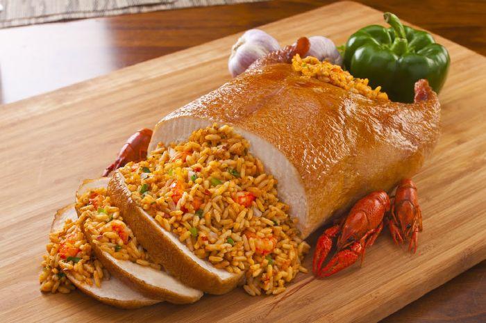 دجاج محشو بالأرز البسمتي الأصفر