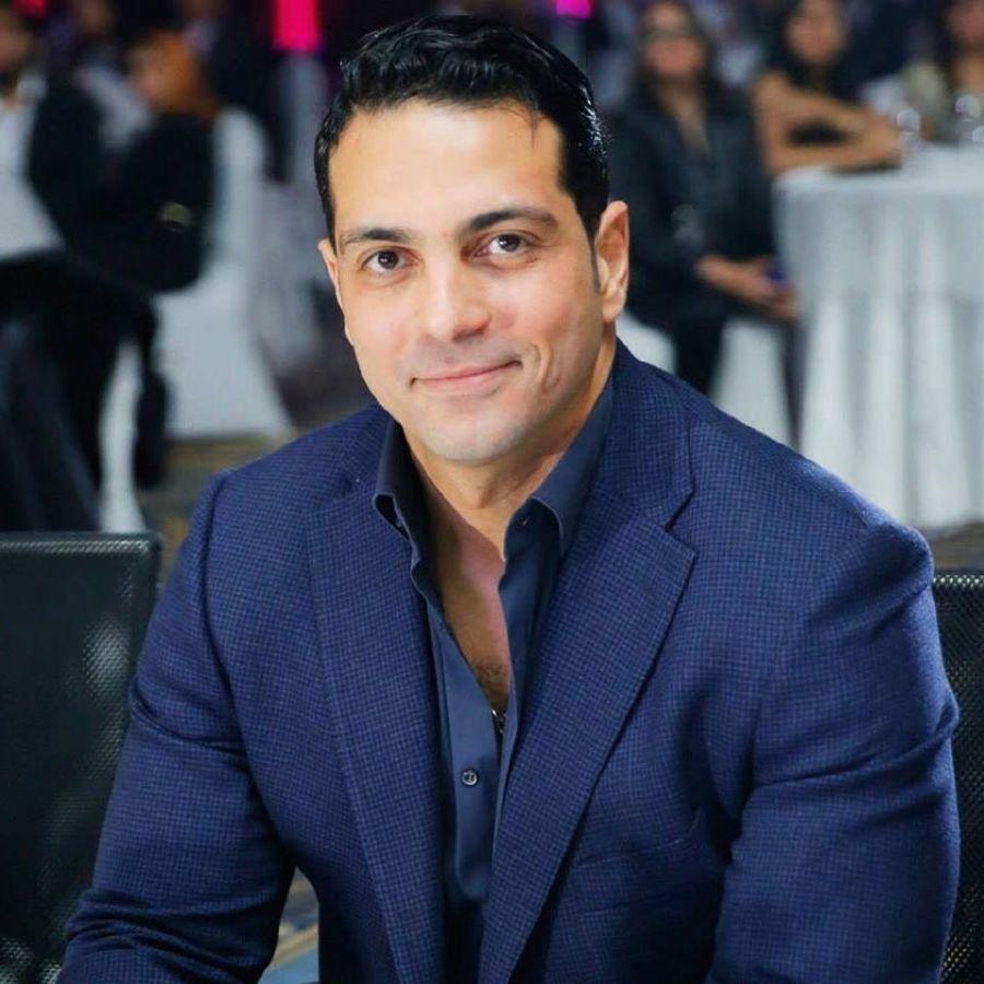 هاني أبوالنجا (4)
