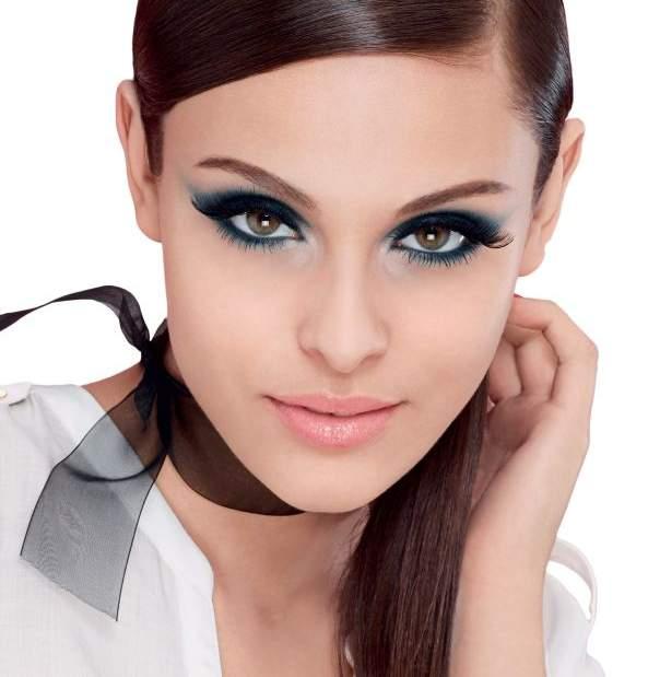 resized_Bourjois - Lash Beauty Guide - model shot