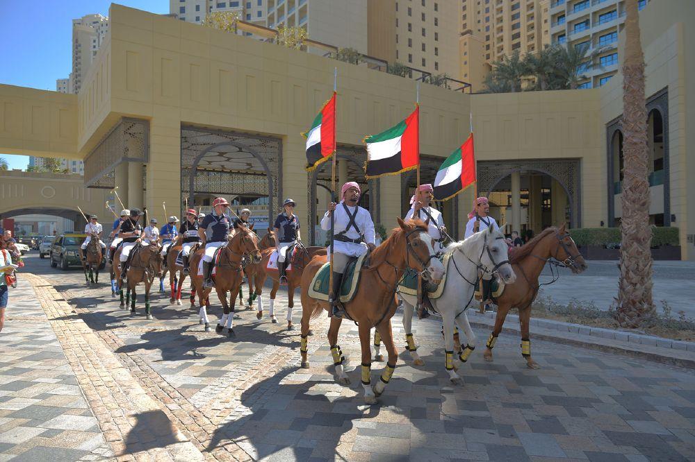 resized_Image 2. Beach Polo Cup Dubai 2015 - Parade