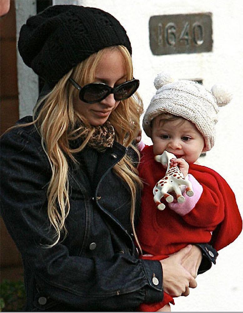 resized_Image 5 - Sophie's celebrity fans - Nicole Richie
