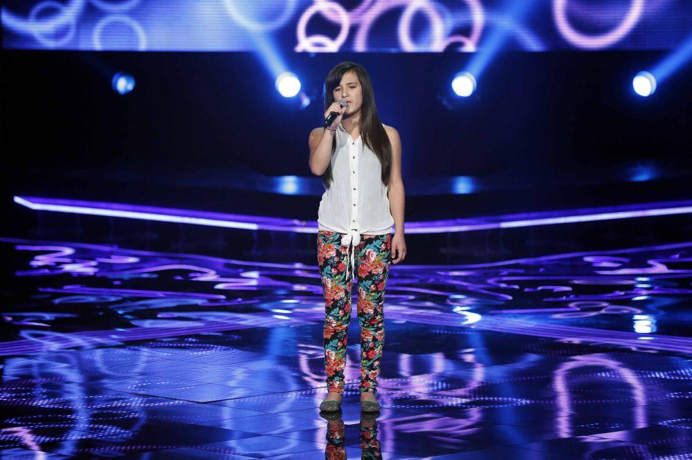 resized_MBC1 & MBC MASR the Voice Kids S1 - Blind 5 - Nancy's team - Hala Abou Lteif