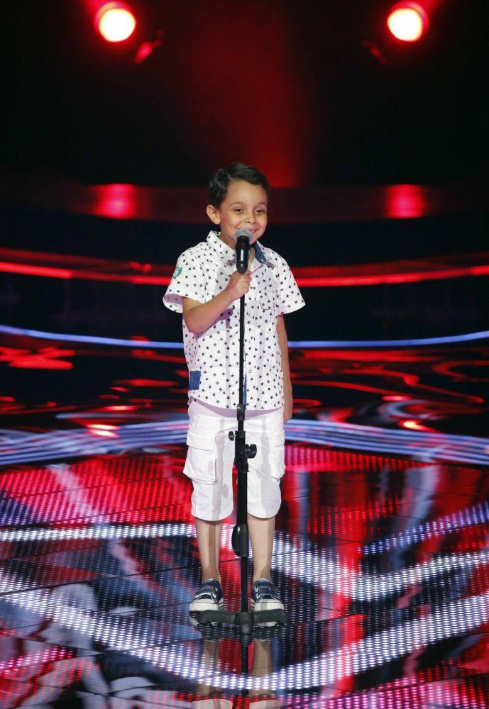 resized_MBC1 & MBC MASR the Voice Kids S1 - Blind 5 - Tamer's team - Ahmad AlSisi (1)