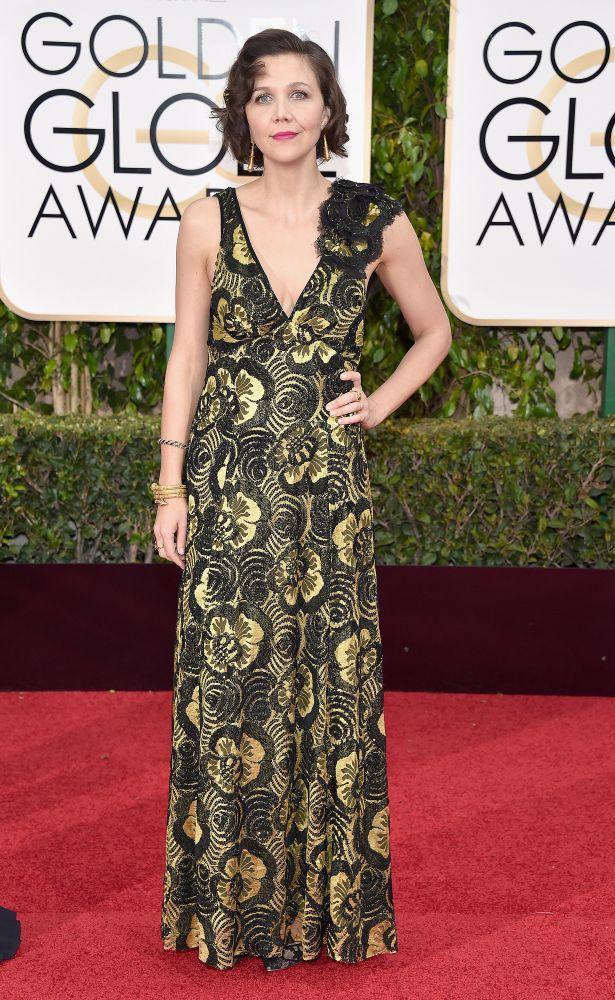 resized_Maggie Gyllenhaal - 73rd Annual Golden Globe Awards