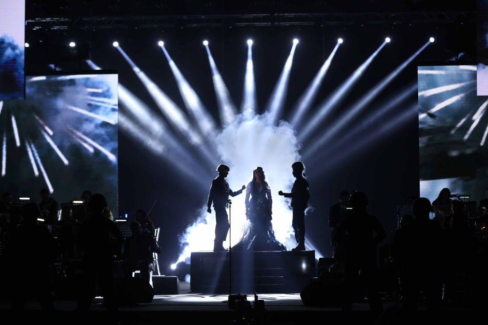 resized_Platinum Gala Event- Ahlam 1