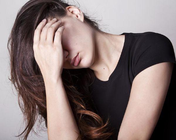 resized_sad-woman