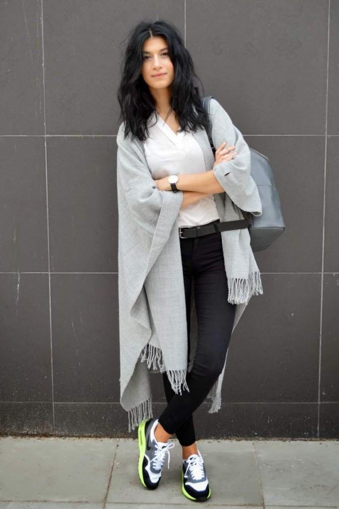 shawl-v-neck-t-shirt-skinny-jeans-athletic-shoes-backpack-belt-watch-original-5445