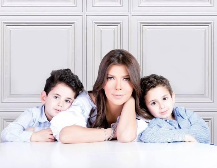 اصالة برفقة طفليها (4)