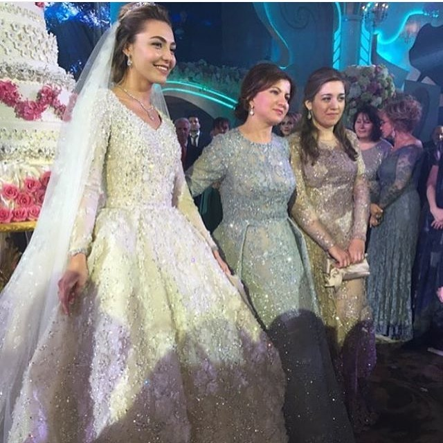 ملياردير روسي يكلف حفل زفاف ابنه مليار دولار (16)