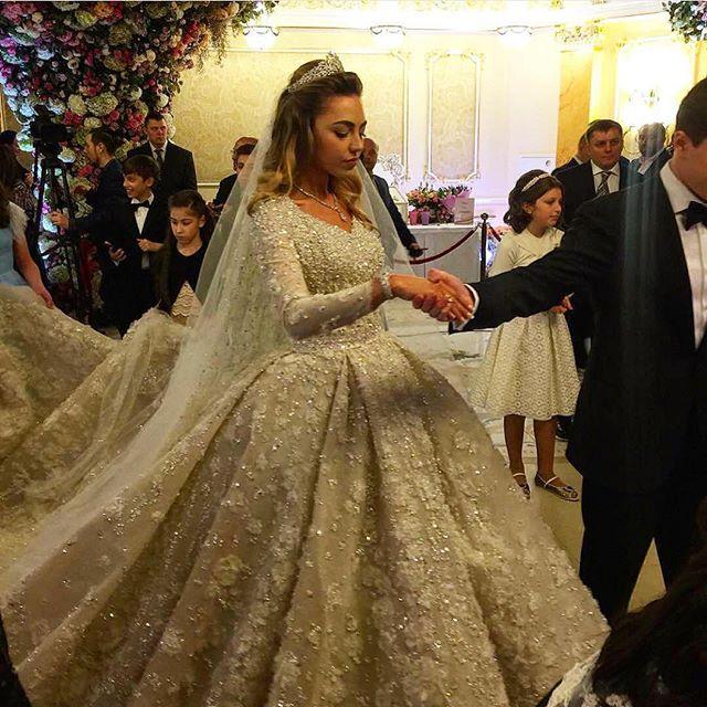 ملياردير روسي يكلف حفل زفاف ابنه مليار دولار (2)