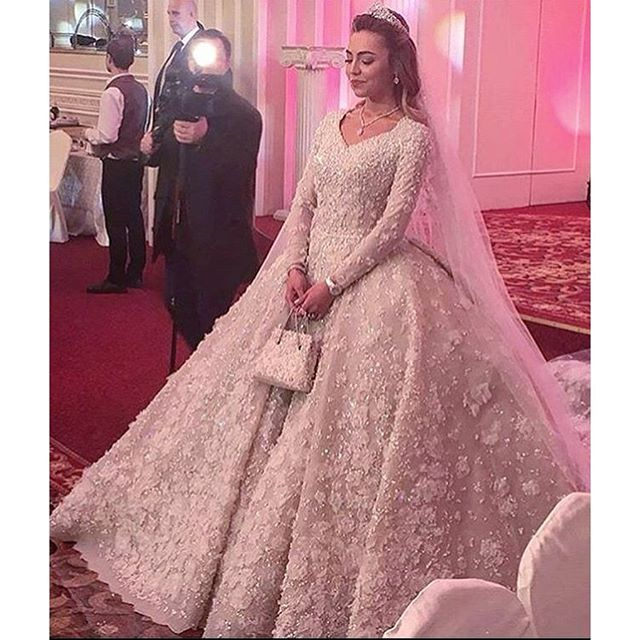 ملياردير روسي يكلف حفل زفاف ابنه مليار دولار (4)