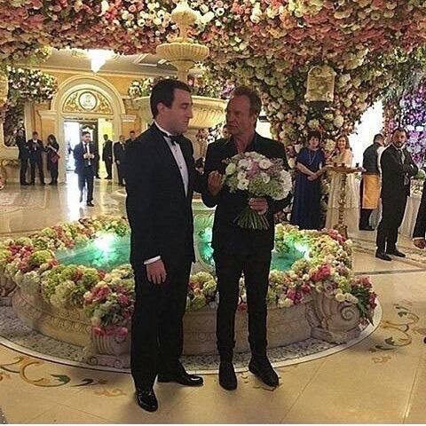 ملياردير روسي يكلف حفل زفاف ابنه مليار دولار (5)