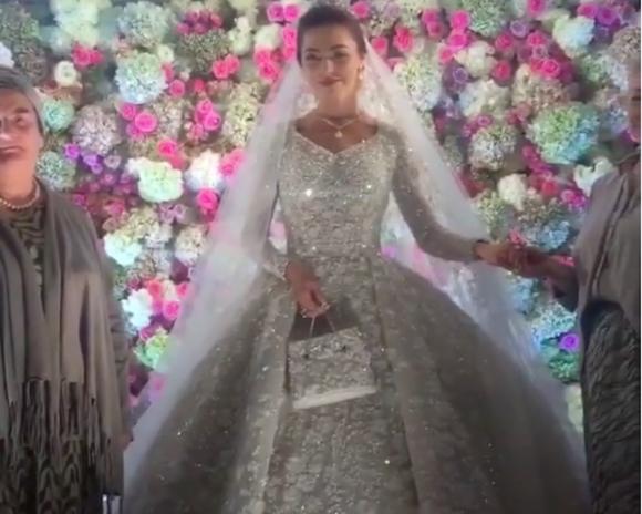 ملياردير روسي يكلف حفل زفاف ابنه مليار دولار (6)
