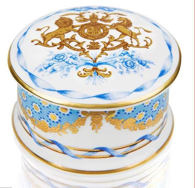 هدايا الملكة اليزابيث (5)