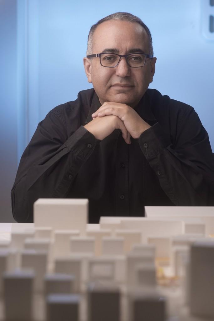 ياسر الششتاوي، القيّم على الجناح الوطني لدولة الإمارات في بينالي البندقية