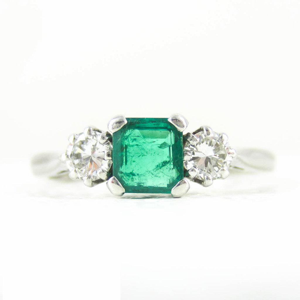 Vintage-emerald-diamond-engagement-ring-1271